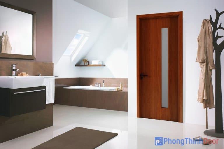 cửa gỗ chống ẩm nhà vệ sinh