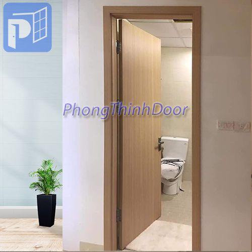 PHONGTHINHDOOR chuyên SX và lắp đặt cửa gỗ công nghiệp, cửa nhựa giả gỗ