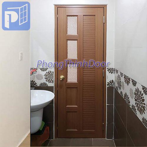 cửa toilet cao cấp